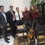 A gyülekezeti zenekar (Jávori Péter, Madarász Tamás, Huba Levente, Nehézy Peti,  Madarász Zsuzsi)